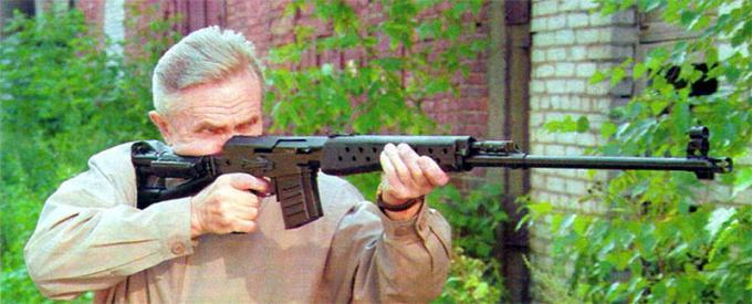 6-Мм самозарядная снайперская винтовка свк. ссср