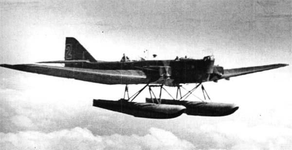 Бомбардировщик-торпедоносец тб-1п.