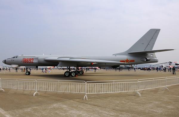 Бомбардировщик xian h-6. фото. история. характеристики.