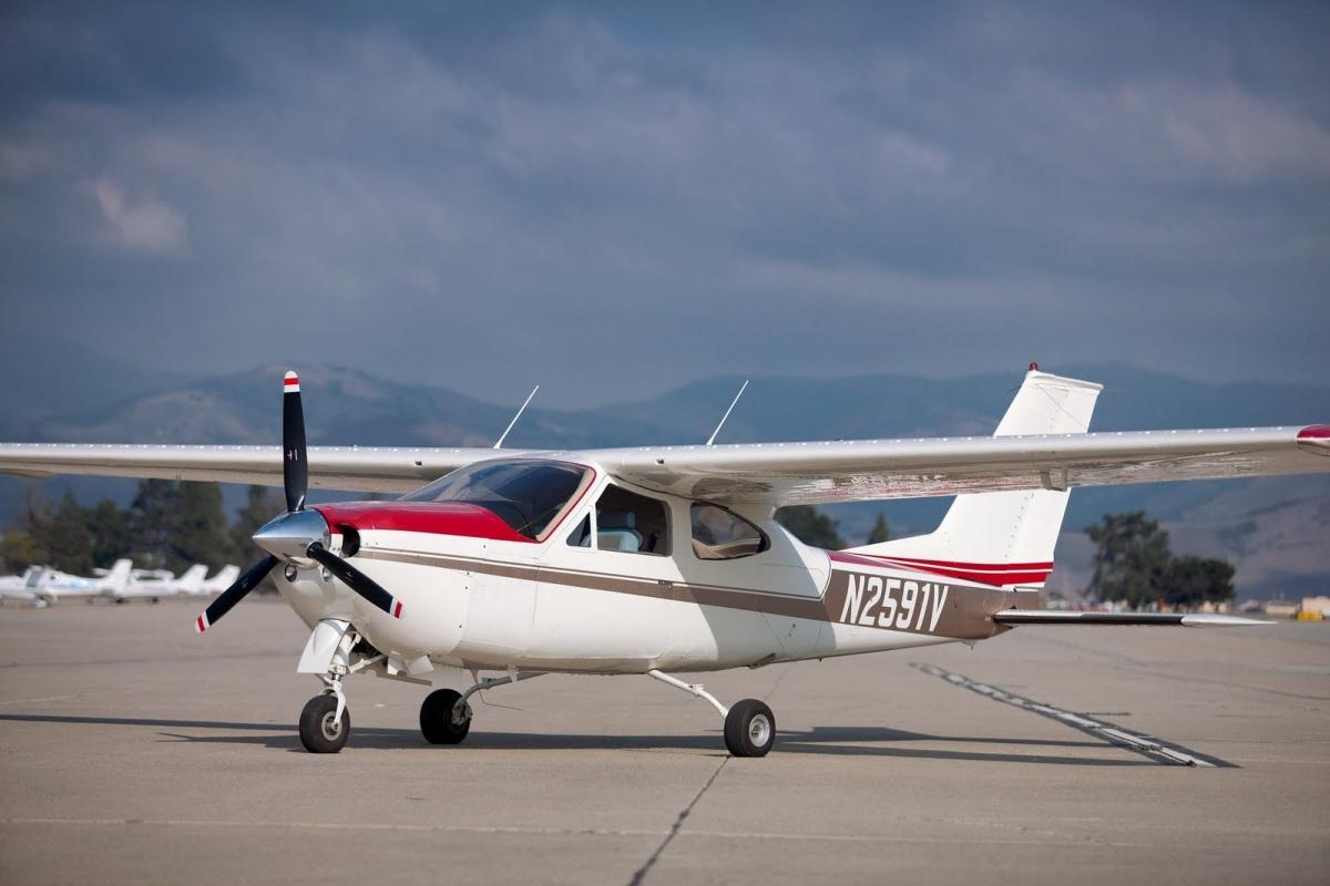 Cessna 177 cardinal. фото. технические характеристики.