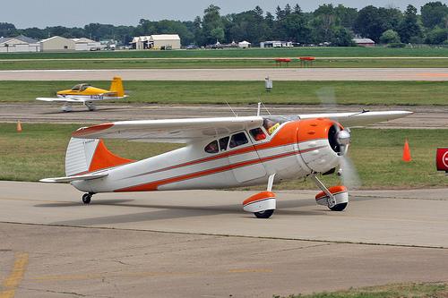 Cessna 190. технические характеристики. фото