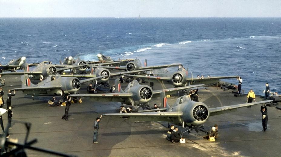 Цвета военного неба: британские «ласточки» в средиземноморье