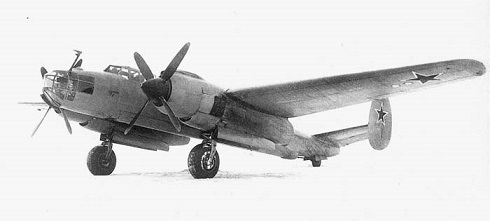 Дальний бомбардировщик ту-8.