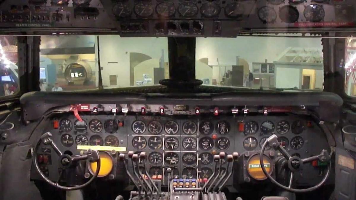 Douglas dc-7. технические характеристики. фото.