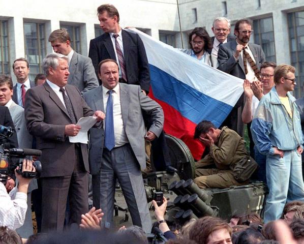 Если бы гкчп взял власть в августе 1991 года.