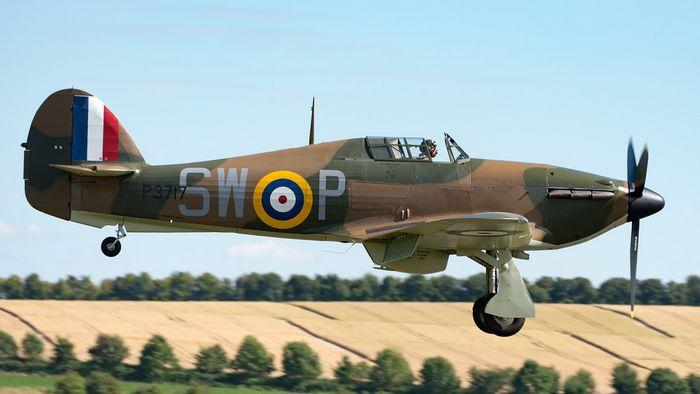 Flying legend hawker hurricane replica. технические характеристики. фото.