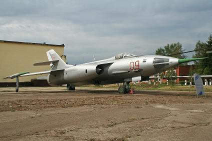 Фронтовой бомбардировщик як-28л.