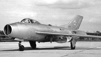 Фронтовой истребитель миг-19 (см-9).