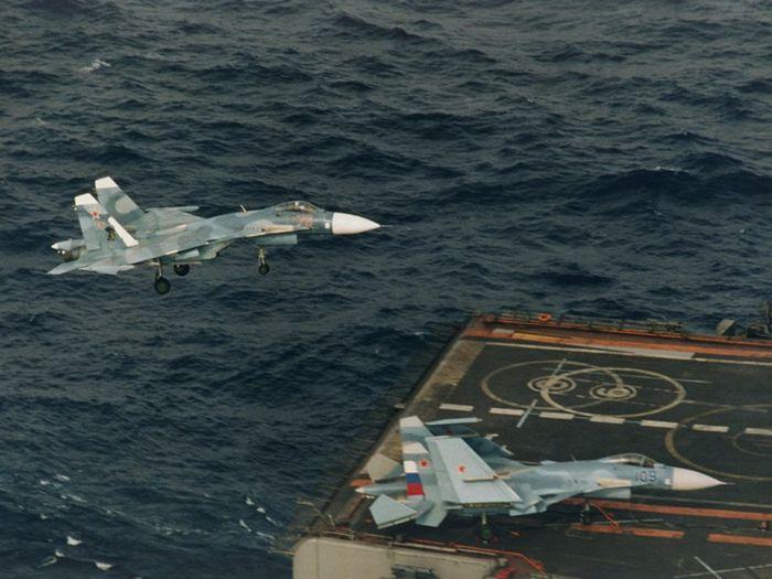 Герои неба. пилоты, которые спасали средиземноморье