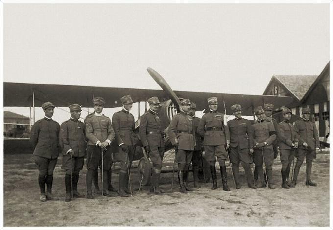 Гонка за призраком скорости. звездный час марио де бернарди и его гоночного самолета macchi m.39