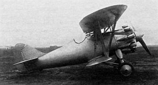 Истребитель и-6.