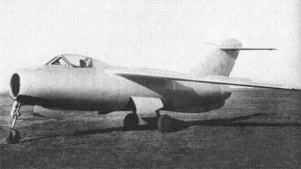 Истребитель ла-176.