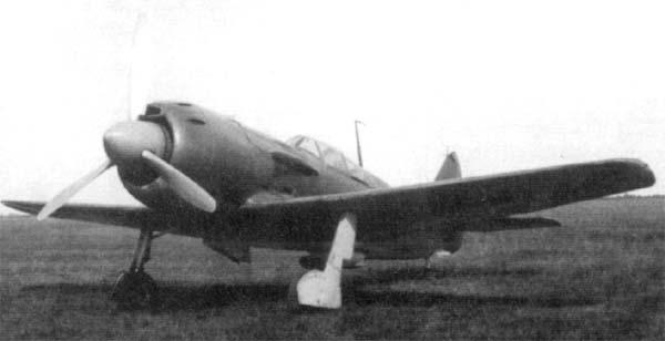 Истребитель ла-9.