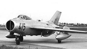 Истребитель миг-19 (см-10).