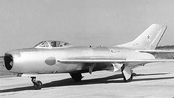 Истребитель-перехватчик миг-19п.