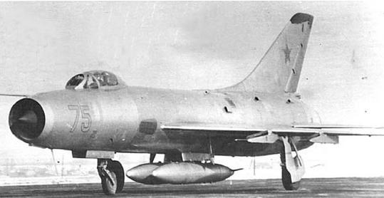 Истребитель-перехватчик су-9.