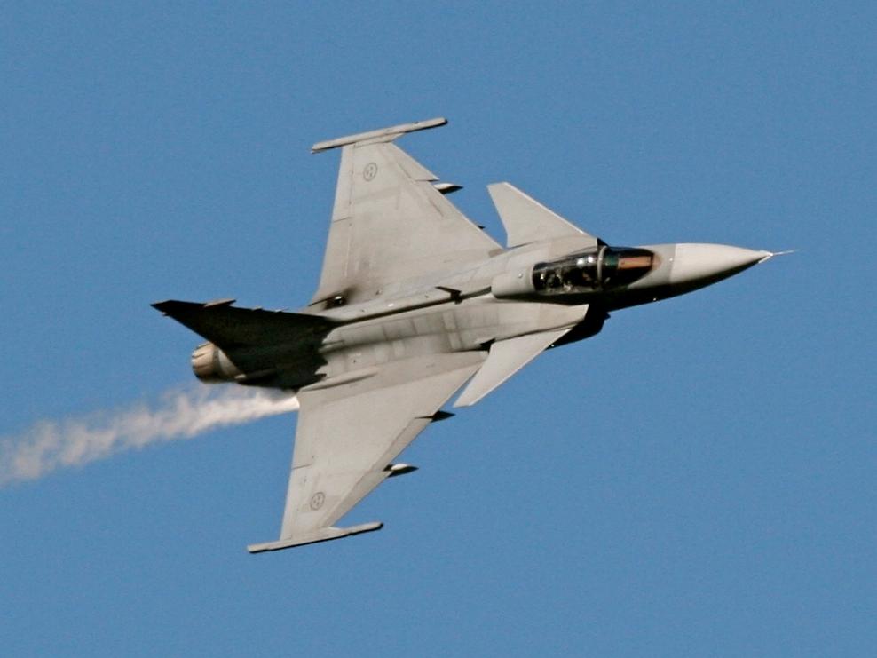 Jas-39 gripen. фото. видео. технические и тактические данные.