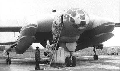 Экспериментальный самолет-амфибия с ввп вва-14.
