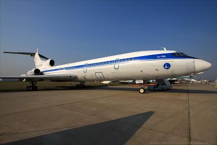 Экспериментальный самолет ту-155.