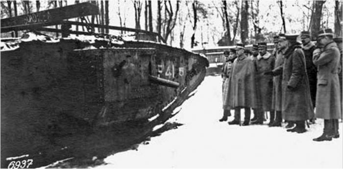 Юрий пашолок. первый танк шведской армии