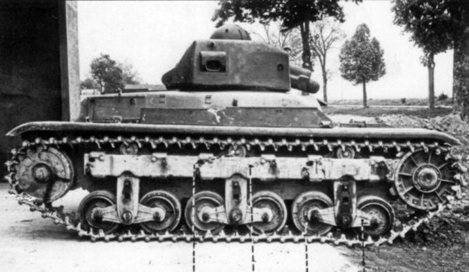 Легкие пехотные танки renault r 40. франция