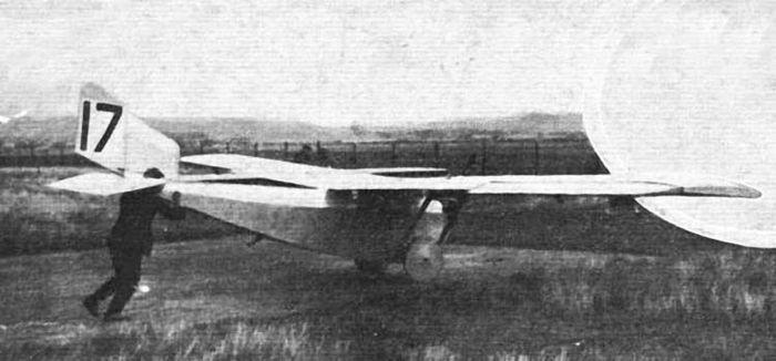 Легкий дальний самолет ш-13.