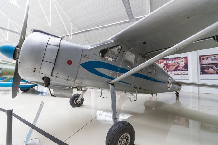 Легкий многоцелевой самолет-амфибия р-50 «роберт».