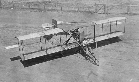 Легкий многоцелевой самолет curtiss model d/е.