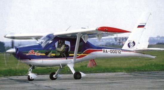 Легкий многоцелевой самолет як-112.