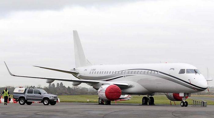 Легкий многоцелевой самолет «колибри».