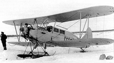 Легкий транспортный самолет по-2л.