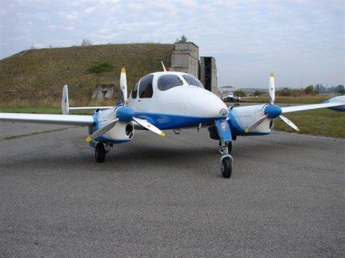 Let l-200 morava. технические характеристики. фото