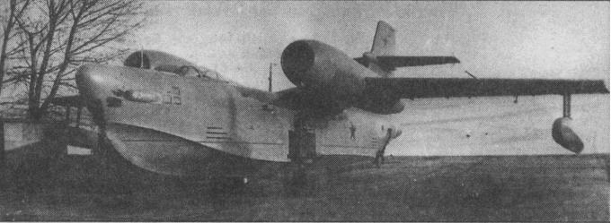 Летающая лодка разведчик-торпедоносец бе-10. ссср