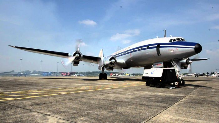 Lockheed l-1049 super constellation. технические характеристики. фото.