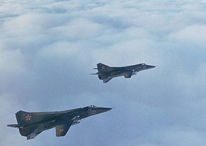 Миг-17. фото и видео, история, характеристики самолета