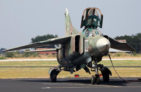 Миг-23. фото и видео. характеристики и история.