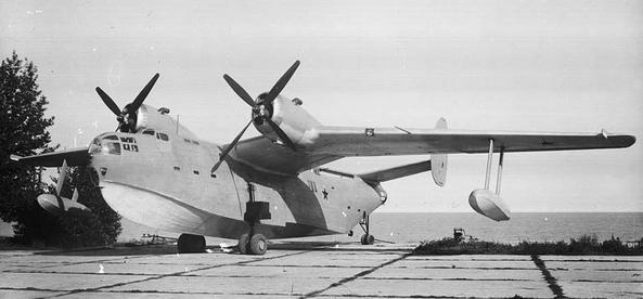 Многоцелевая летающая лодка бе-6.