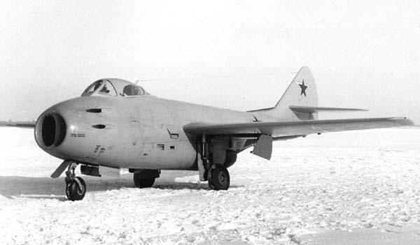 Многоцелевой истребитель миг-9м (и-308 фр).