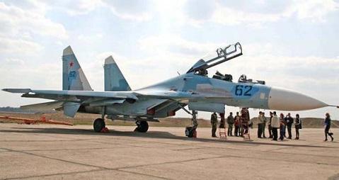 Многоцелевой истребитель су-27убм1.