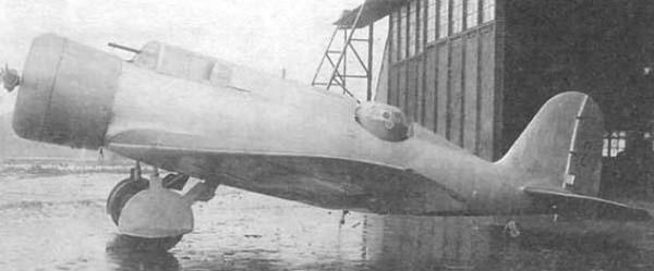 Многоцелевой самолет-разведчик р-10 (хаи-5).