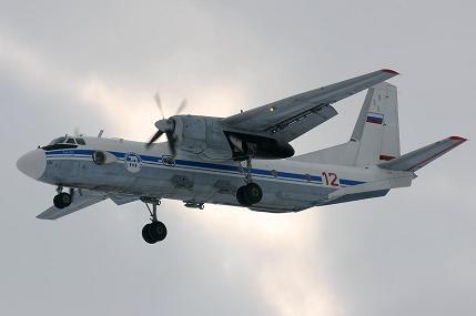 Многоцелевой транспортный самолет ан-26.