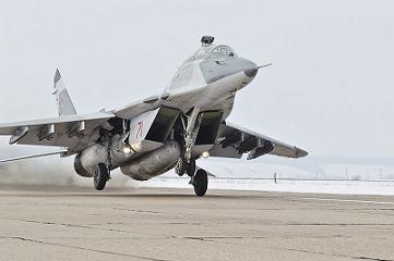 Многоцелевой учебно-боевой истребитель миг-29убт.