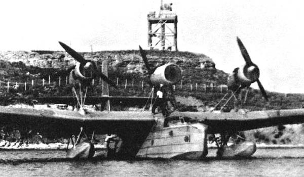 Морской дальний разведчик и торпедоносец мдр-4 (ант-27).