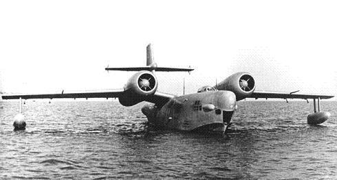 Морской разведчик-бомбардировщик р-1.