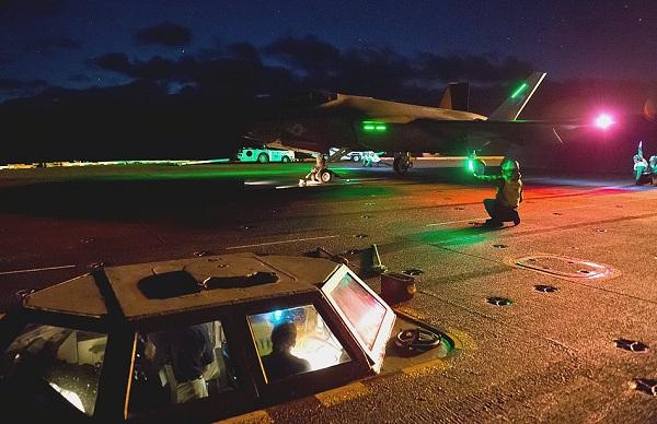 Навигационные огни самолета