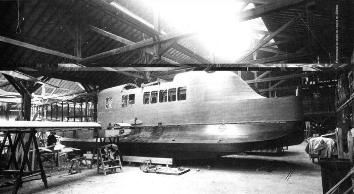 Опытная пассажирская летающая лодка besson h-5. франция