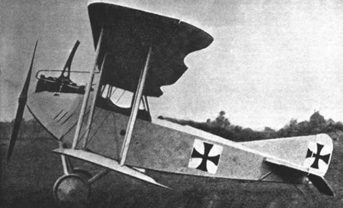 Опытный истребитель a.e.g. d.i. германия