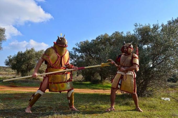 Оружие и доспехи воинов троянской войны. часть 13 «последняя песнь поэмы», историография вопроса и экзотическое оружие