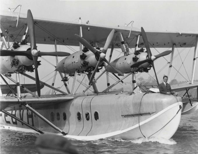 Пассажирская летающая лодка short s.8 calcutta в белфасте