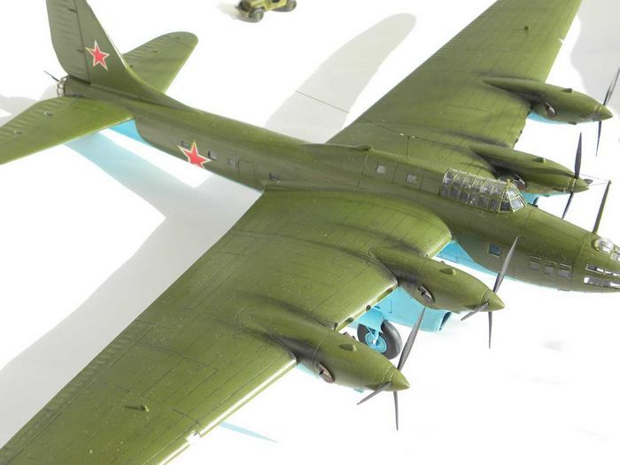 Пассажирский самолет особого назначения пе-8он.